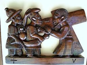 Sculpture dans la chapelle du Centre Mgr Brésillac de Calavi, Bénin.