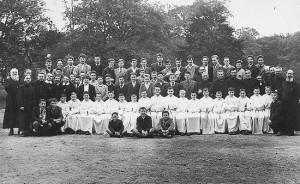Les élèves et les professeurs à la rentrée 1960