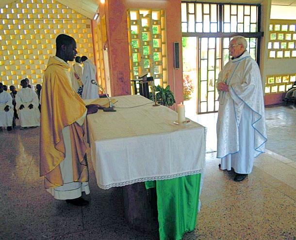 Francis à Adzopé (Côte-d'Ivoire)