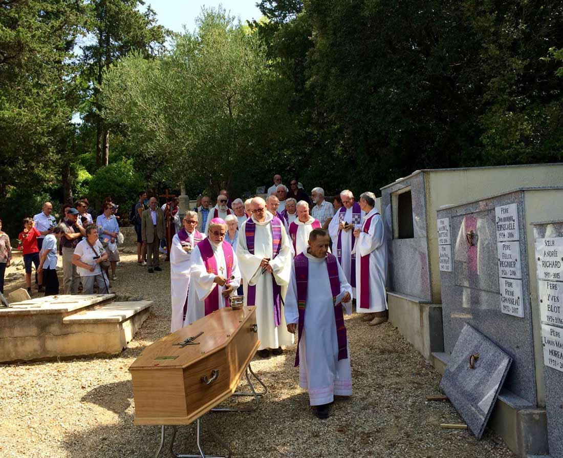 Les funérailles du Père Camille Allain