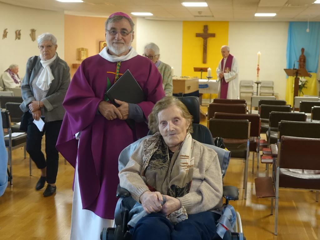 La Soeur du Frère André, résidente de la maison de retraite était présente à la messe des obsèques.