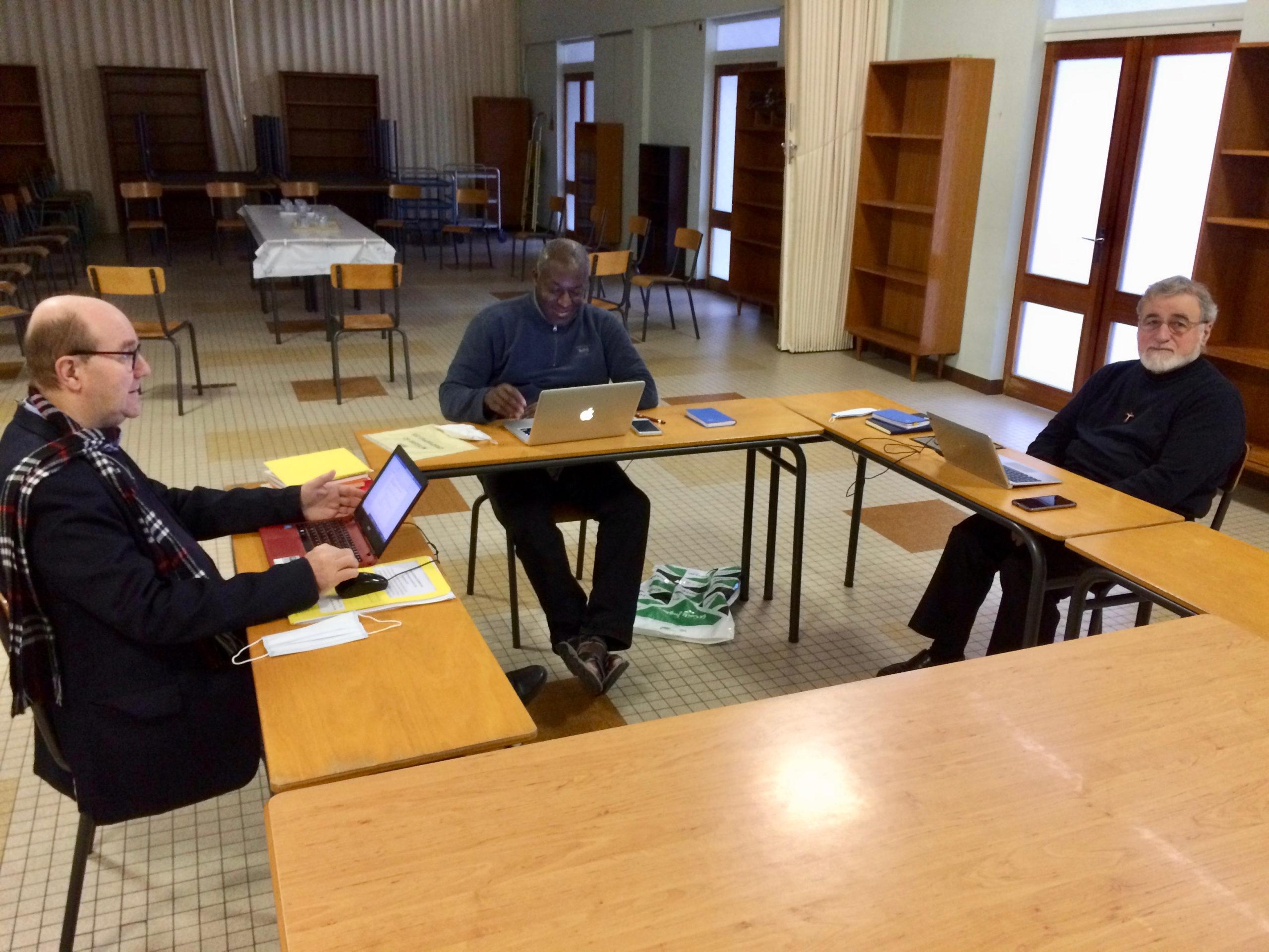Le conseil provincial au travail