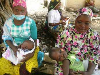 Kolowaré, Togo : Un tour à l'hôpital